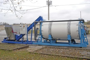 BioReactor Composting System with composter, mixer and infeed conveyor